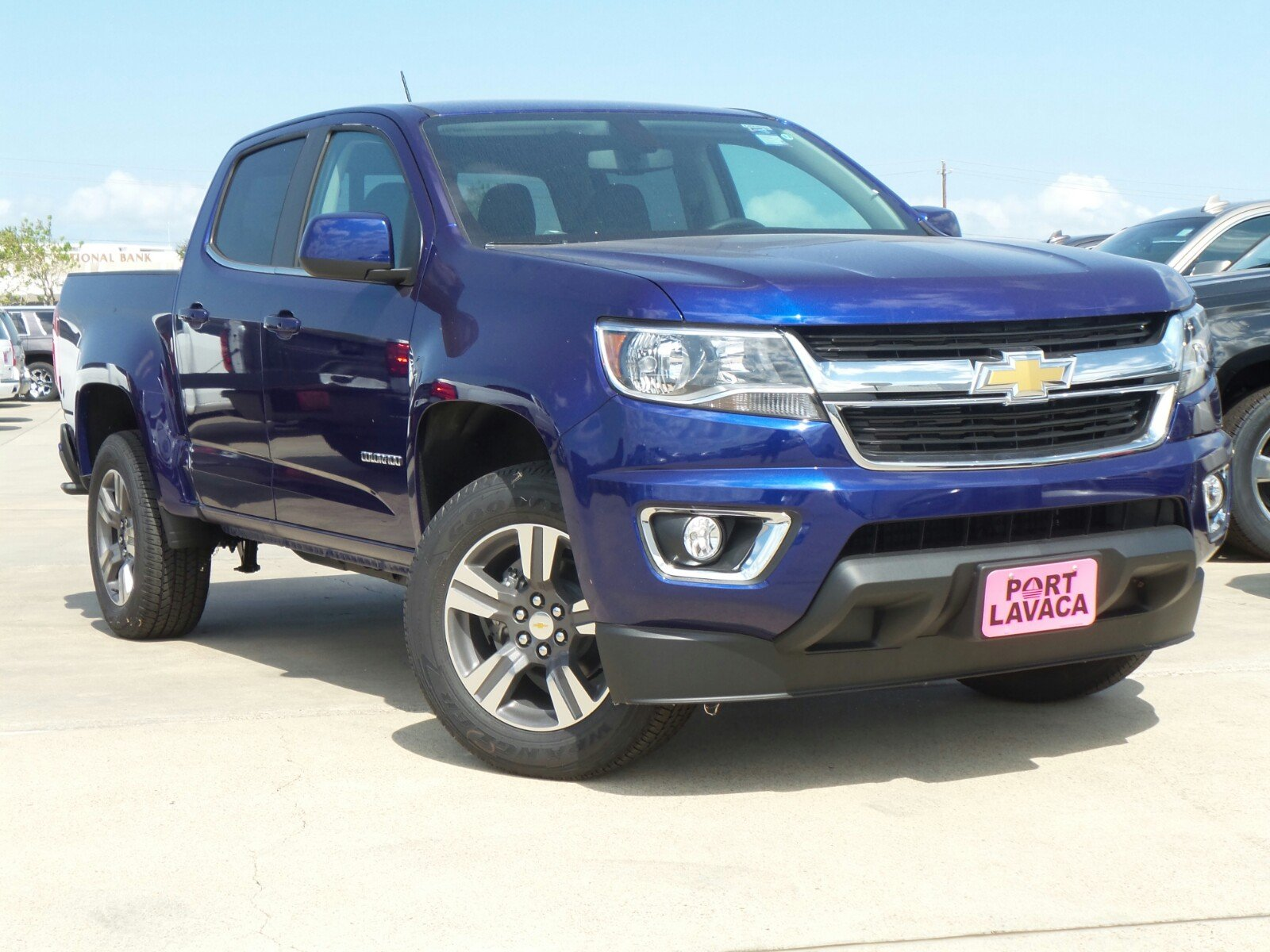 new 2017 chevrolet colorado 2wd lt crew cab pickup in port lavaca 1318279 port lavaca. Black Bedroom Furniture Sets. Home Design Ideas