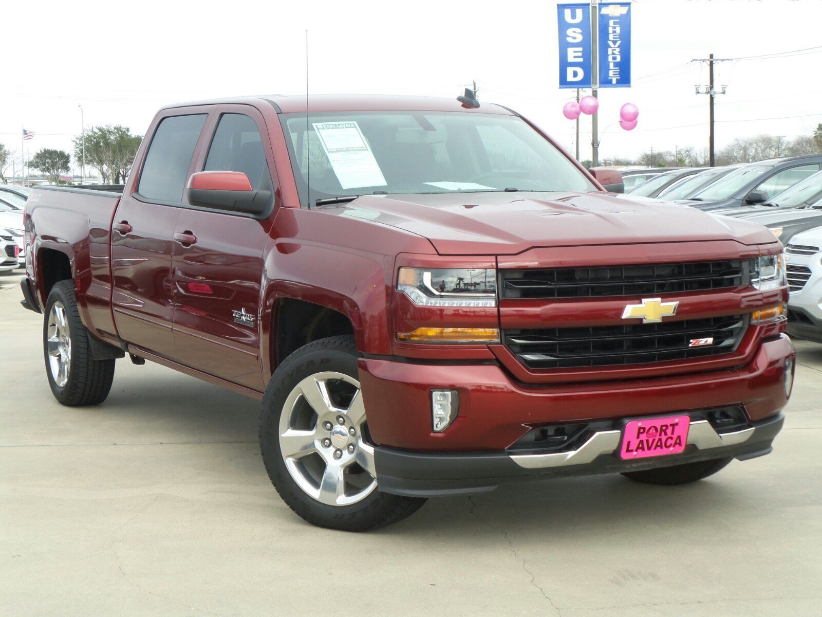 pre owned 2017 chevrolet silverado 1500 lt z71 4x4 crew cab pickup in port lavaca hg114895. Black Bedroom Furniture Sets. Home Design Ideas